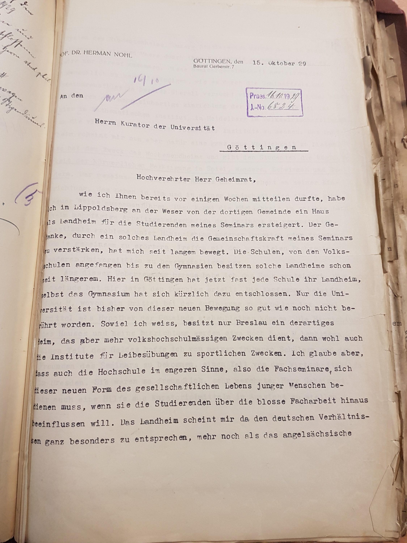 Brief Nohls vom 15.10.1929 an den Kurator der Universität betreffend die Ersteigerung eines Hauses als Landheim in Lippoldsberg, Seite 1. Quelle: Universitätsarchiv Göttingen: Kur. 1263; unpag.