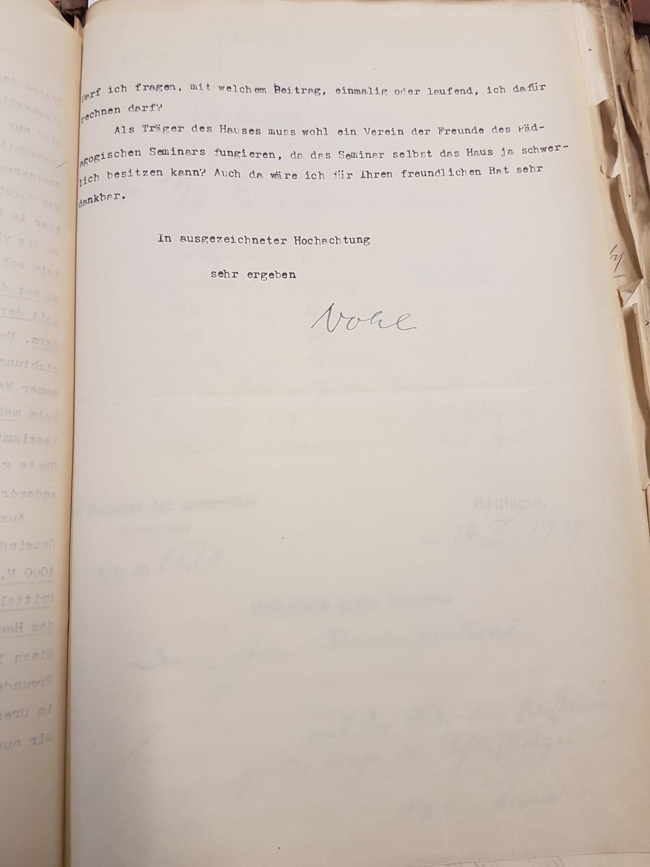 Brief Nohls vom 15.10.1929 an den Kurator der Universität betreffend die Ersteigerung eines Hauses als Landheim in Lippoldsberg, Seite 3. Quelle: Universitätsarchiv Göttingen: Kur. 1263; unpag.